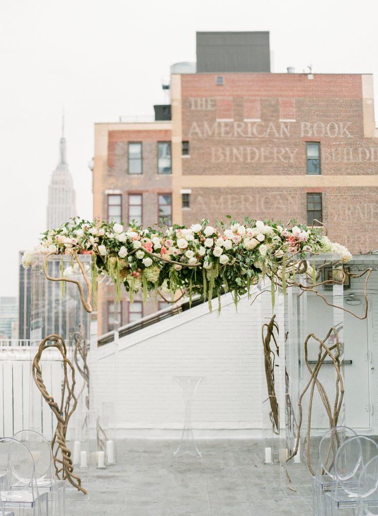 Photography: Lindsay Madden Photography - lindsaymaddenphotography.com Floral Design: Celadon