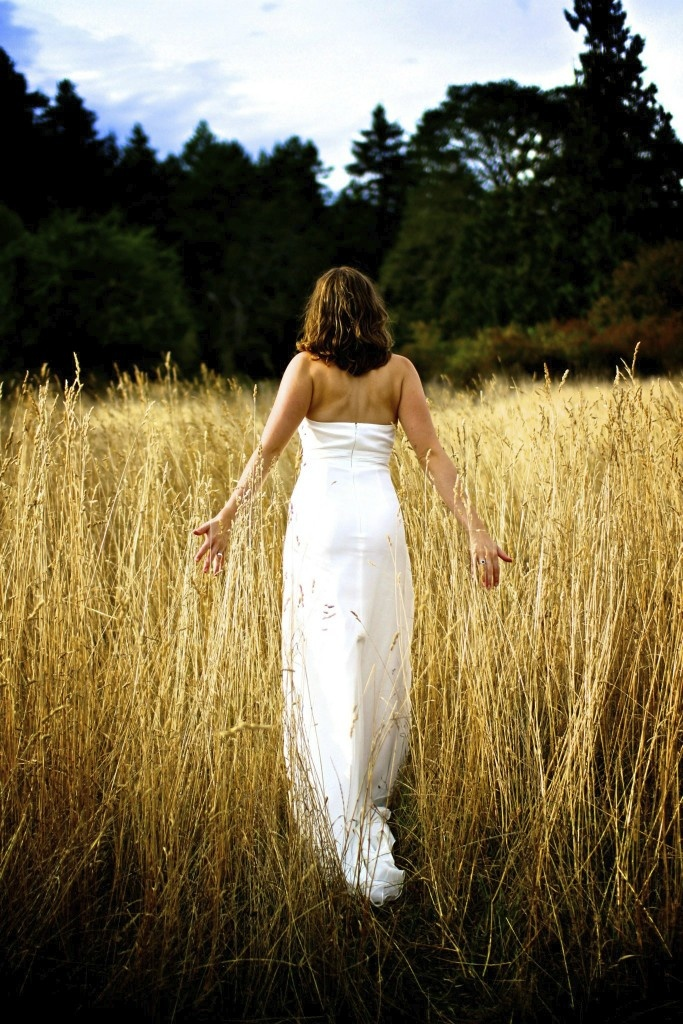 Lisarey Photography - Pictures in the Long Grass.