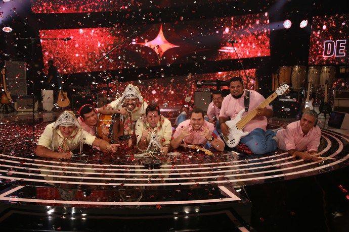 """Banda Fulô de Mandacaru vence a terceira temporada do """"SuperStar"""" #CD, #Famosos, #Grupo, #M, #MarisaOrth, #MMA, #Noticias, #PauloRicardo, #Programa, #QUem, #Superstar, #TerceiraTemporada http://popzone.tv/2016/06/banda-fulo-de-mandacaru-vence-a-terceira-temporada-do-superstar.html"""