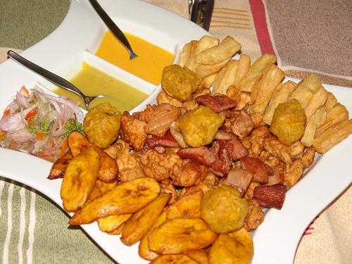 platos típicos de Perù ( Iquitos - Amazonía) by cupidopoeta, via Flickr