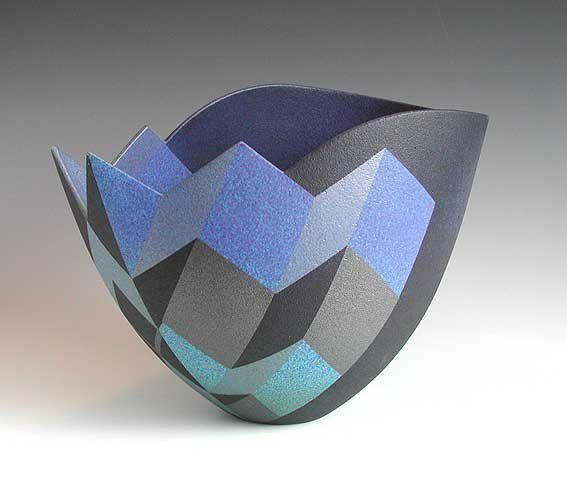 Ceramic vessels by Jonathan Middlemiss, shown in Paris, London, San Diego, Gelsenkirchen, Germany, Holland