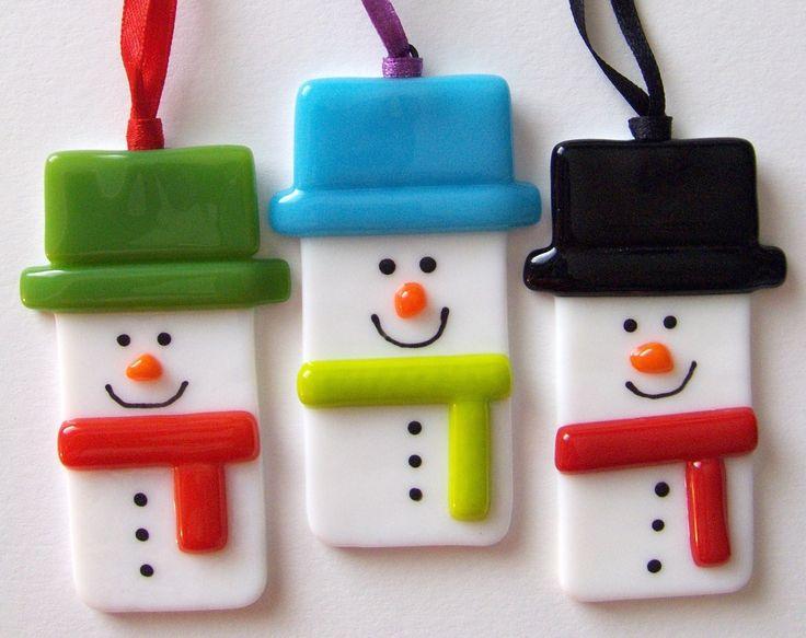 Snowmen  http://www.dottyglass.co.uk/page3.htm