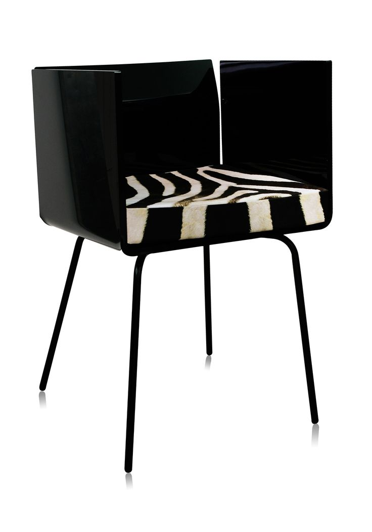 mobilier design, mobilier personnalisé, meubles design, meubles plexiglas, chaises design, chaises personnalisées, chaise noire, chaise design noire, chaise 70's, fauteuil design, fauteuil 70's