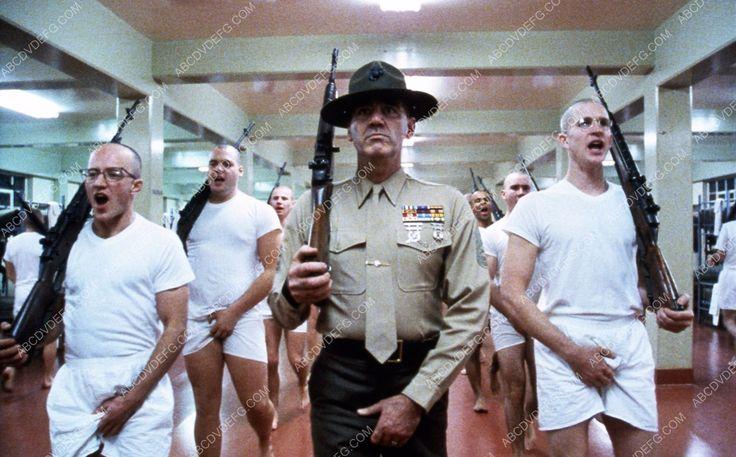 R. Lee Ermey Matthew Modine and recruits film Full Metal Jacket 35m-3036