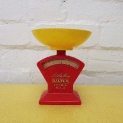 Salter Little Miss child's toy kitchen scales £15 www.vintageactually.co.uk