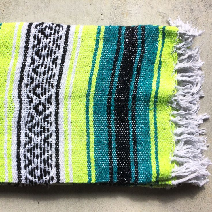 10 Best Mexican Blankets (Falsas, Cotton Serapes And