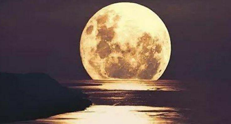 Cand toti se asteapta mai putin tu  vei stralucii mandra la fel ca luna #luna#splendoarea tuturor