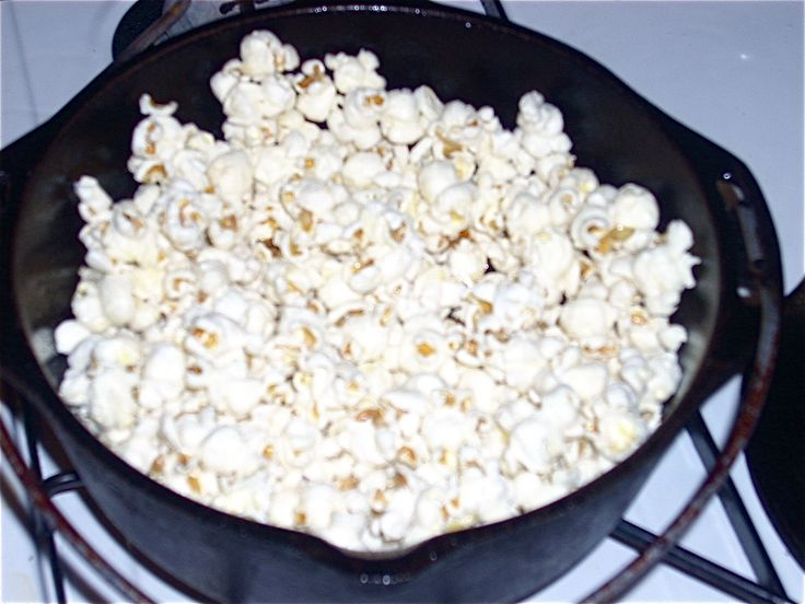 Old-Fashioned Popcorn!:  re-season your cast iron