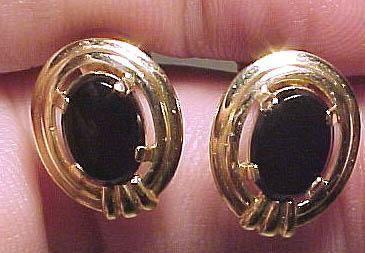 14k Black Onyx Oval Earrings 1960 14 K Screw Back