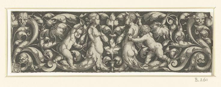 Heinrich Aldegrever | Fries met bladranken en figuren, Heinrich Aldegrever, 1537 | Fries met een vrouw en een man, beiden zonder armen en met onderlichamen van bladranken, geflankeerd door twee kinderen. Aan de uiteinden van het fries lopen aan weerszijden ranken uit in een hondekop en een vissenkop.