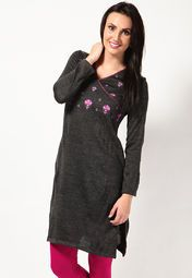 Stay warm and comfortable without compromising on style wearing this grey coloured kurta from Aurelia. This embroidered kurta can be worn with woollen leggings when heading for an outing on a chilly winter day. Made from acrylic, this regular-fit kurta is light in weight and superior in quality.