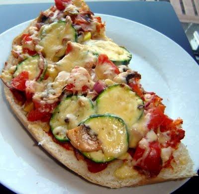 vegetarische Fladenbrot-Pizza