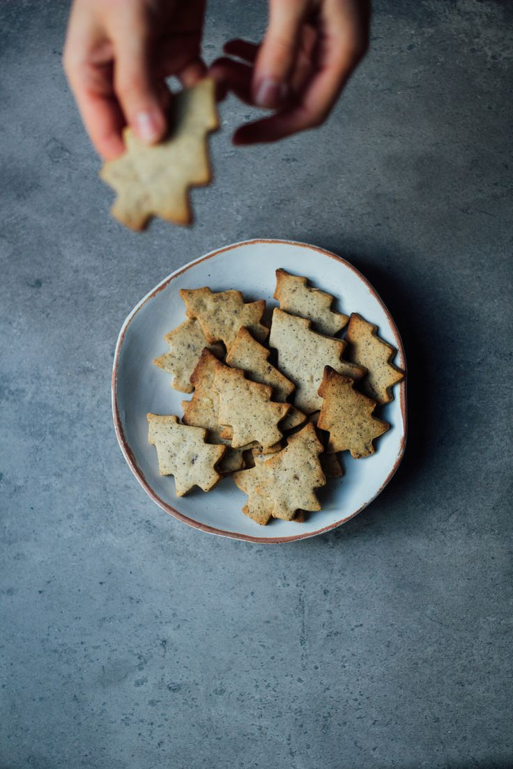 Buckwheat cookies with coffee and walnuts
