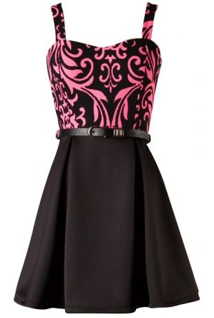 Sleeveless skater dress with sweetheart printed bodice and belt100�0PolyesterLength: 31
