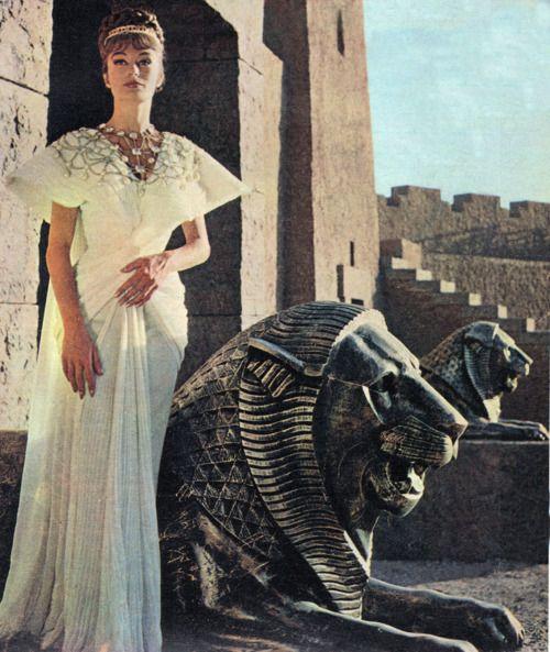 histoires-extraordinaires:    Anouk Aimée as Bera, Queen of Sodom, in Robert Aldrich's Sodom and Gomorrah (1963).