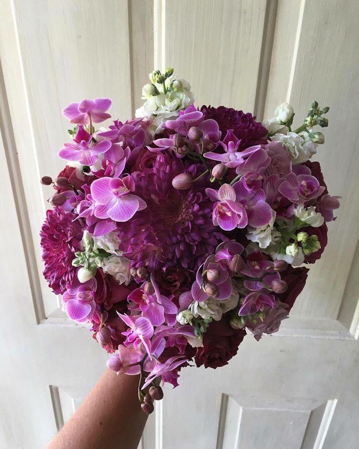 CBR428 lilac and purple bride bouquet/ ramo de novia morado y lila