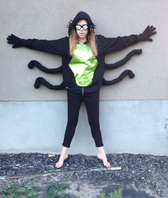 Cheap and easy DIY spider costume!