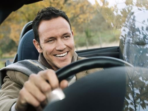 Darshan Driving School offers driving classes for beginners as well as overseas students who wish to gain more confidence on the road. https://www.darshandrivingschool.com.au/Driving-Lessons-Melbourne.html