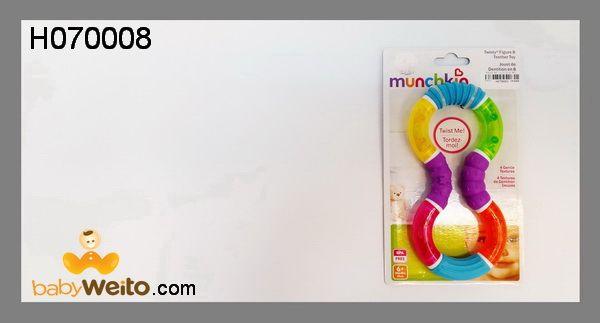 H070008  Teether Munchkin  Bahan lembut untuk baby dan bisa diubah bentuk  Warna sesuai gambar  IDR 90*