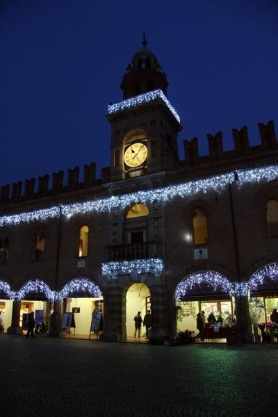 La piazza di Cento a Natale 2011