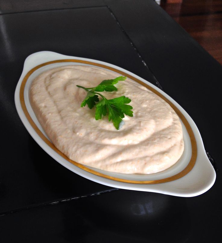 Taramasalata has always been one of my favorite Greek mezes (dip), it is amazing with some fresh baked pita bread but also with pita chips or veggies like celery and carrots. However, not everyone …