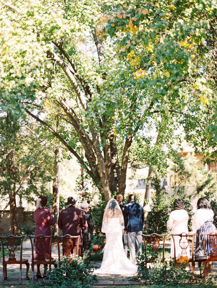 Dallas outdoor wedding ceremony at the Aldredge
