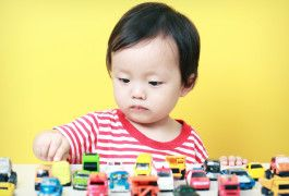 Dual diagnosis: Children with autism often display compulsive behaviors, highlighting a commonality with obsessive-compulsive disorder.  ©iStock.com / NI QIN