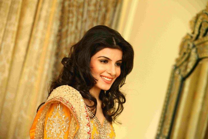 Komal Gulati Bridal Makeup Delhi - Review & Info - Wed Me Good