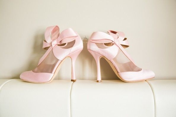 Awesome pink shoes - photo by Joanna Moss Photography