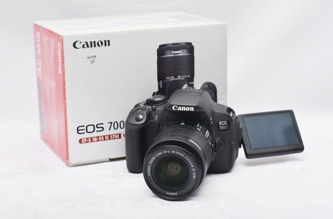 Jual Kamera DSLR Second – Canon EOS 700D Fullset: Kamera DSLR Second - Canon EOS 700D Fullset Harga: Rp. 5.400.000,- (Ready Stok)
