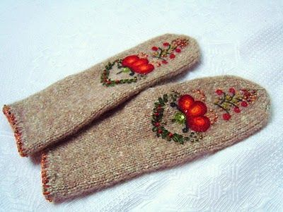 Embroidery on mittens - I need to do this! #projects2014