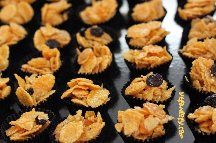 Golden Syrup Cornflakes Cookies  http://veganlogy.com/2012/08/22/hari-raya-golden-syrup-cornflakes-cookies/