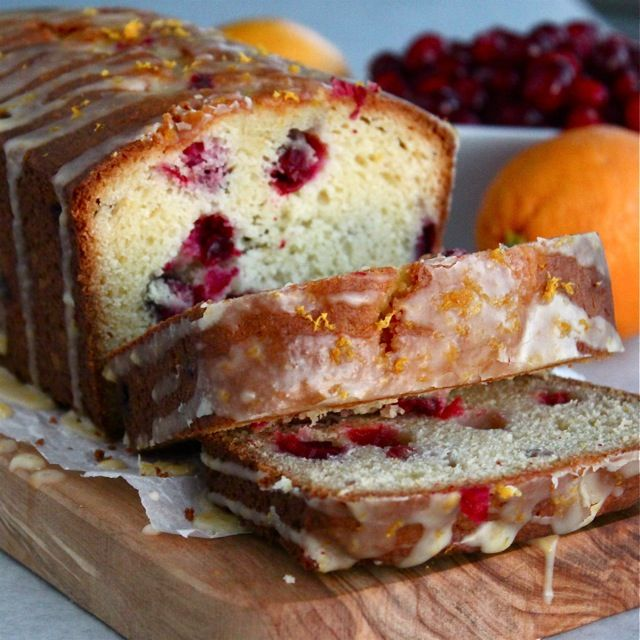 Cranberry Orange Bread | ButtercreamBlondie.com