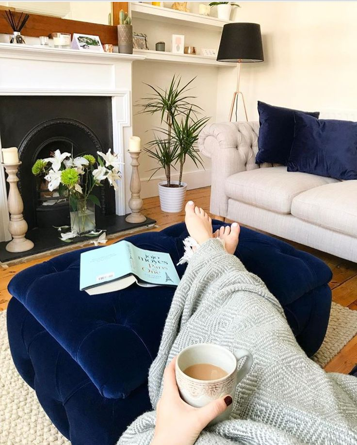 Feet up. Blanket on. Book open. Perfect evening vibes from Charlotte with our Stasher storage footstool.
