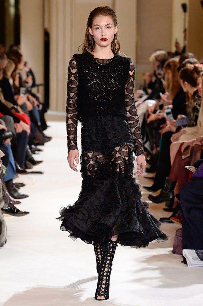Giambattista Valli Fall 2017 Ready-to-Wear Fashion Show - Grace Elizabeth