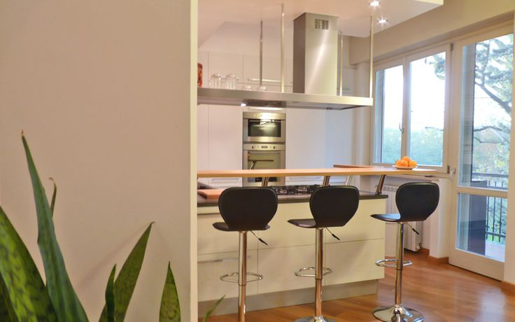 A contemporary cozy apartment on Lake Maggiore by Nomade Architettura http://www.nomadearchitettura.com/#all
