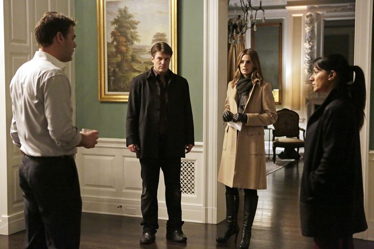Castle's latest client is an old friend who thinks her husband is cheating on her.  But when Castle goes to her house, he witnesses her murder.  Or does he?