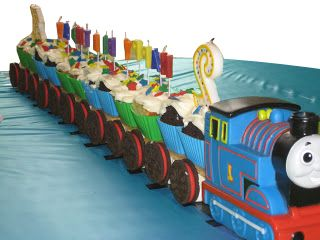 Thomas the train cupcake train