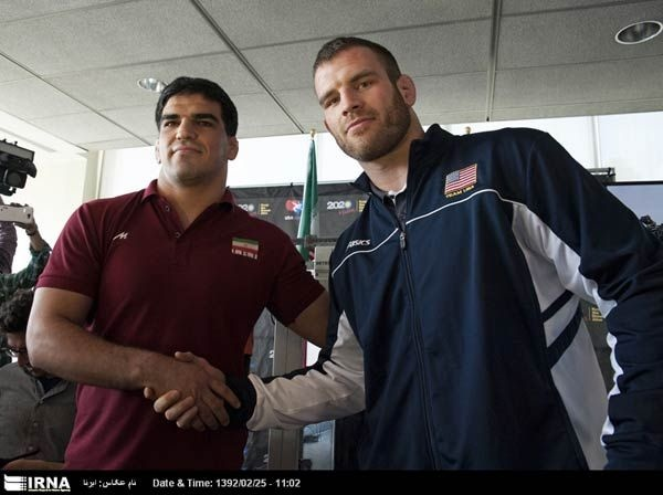 Pocket : Photos: Teams From U.S., Iran, Russia Back Olympic Wrestling