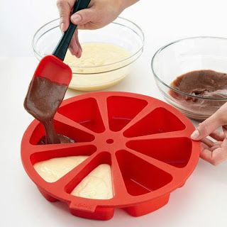 Individual Slice Cake Pan ~ 30 Genius Cook's Gifts for BRIDES (Any Age!) ... #Mother's Day #gift