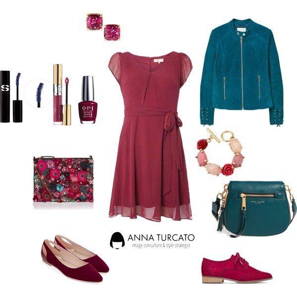 Little #red #dress.  In Autunno usa il colore per illuminare le tue giornate. #unlookalgiorno per te che hai la pelle chiara e gli occhi intensi e trovi sempre il modo di trovare la carica, anche se sei sempre di corsa, e ami i dettagli preziosi e inaspettati. #personalstyle #fashioncoach #fashionstyle #fashion #imageconsultant #personalshopper #style #stylist #mystyle #outfit #outfitoftheday #lookfortheday #look