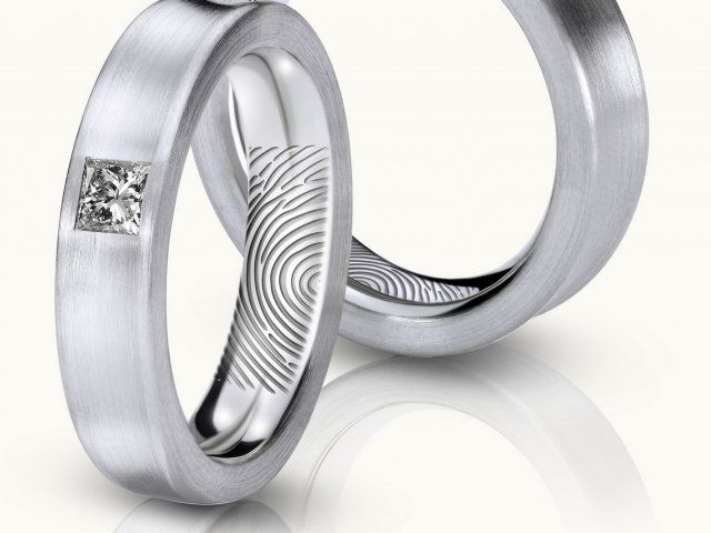 finger print design for wedding ring with diamond