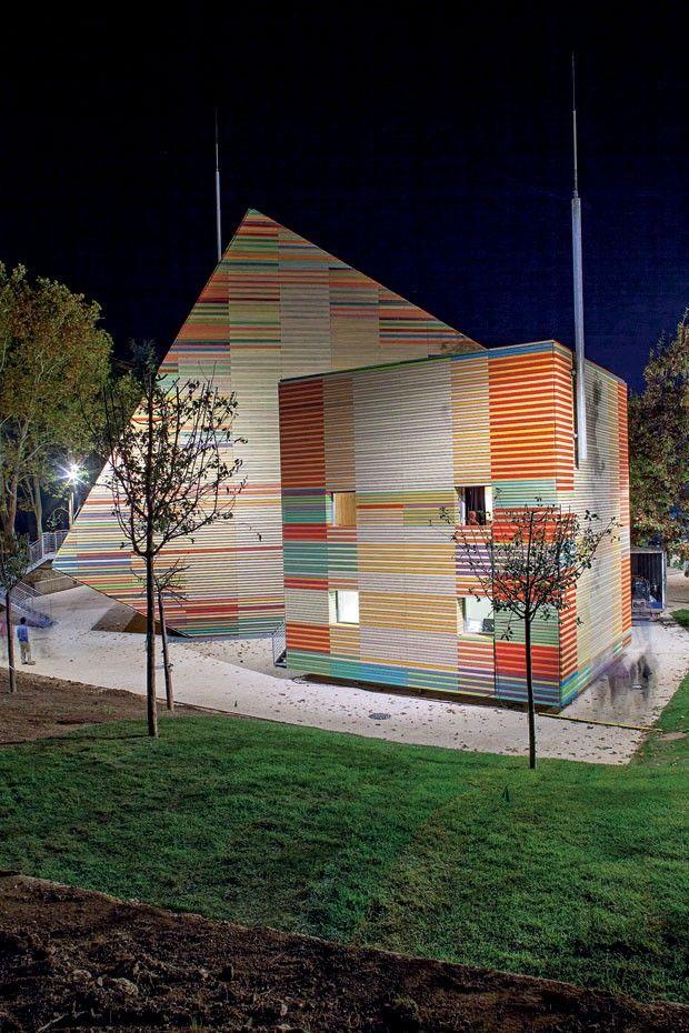 Auditório em Abruzzo, Itália por Renzo Piano