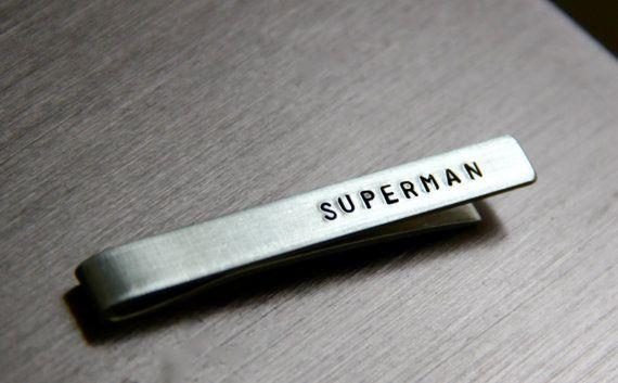 Épingle à cravate personnalisée / cravatte - personnalisé sur les deux côtés en Bronze ou en aluminium - parfait pour la fête des pères / garçons d'honneur sur Etsy, 14,74€
