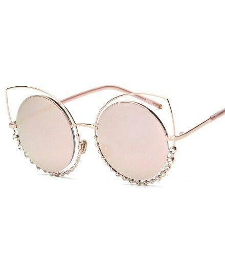 https://www.justprettythings.com/Sunglasses/PINK-MIRROR-TWIN-BEAM-RHINESTONE-SUNNIES-id-2954661.html