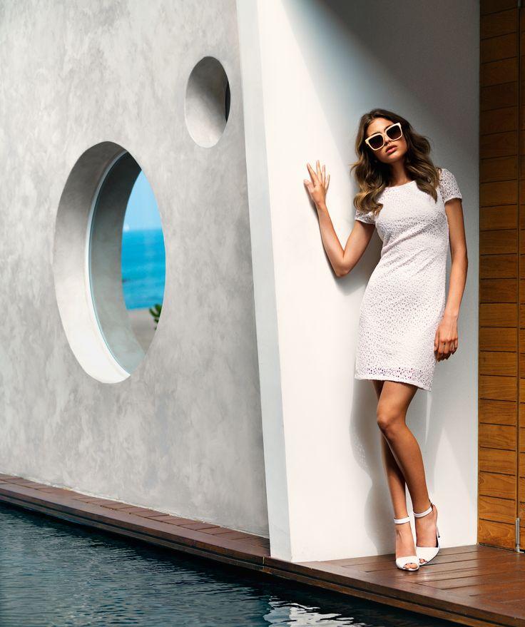 Lekre nøytrale solbriller i nude fra #DolceGabbana