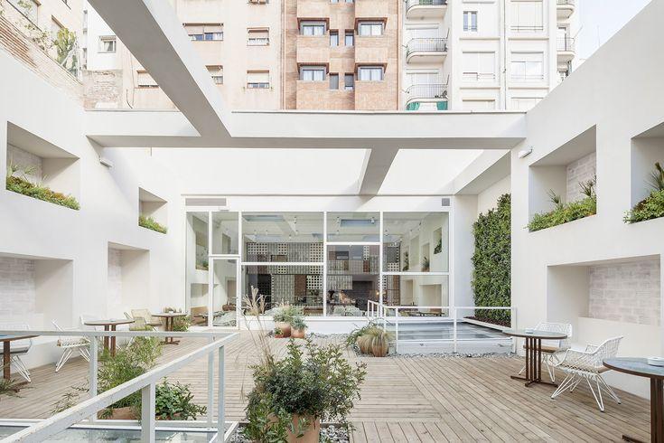 Gallery of Disfrutar Restaurant / El Equipo Creativo - 6