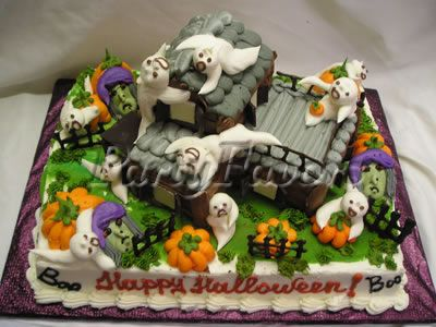 Halloween Cake Idea with a Haunted House including Ghost