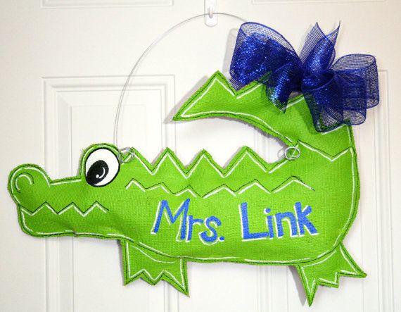 Alligator gators burlap door hanger high school spirit for Gator bedroom ideas