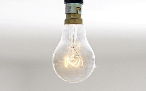 Ever since the EU restricted sales of traditional incandescent light bulbs, homeowners have complained about the shortcomings of their energy-efficient replacements.